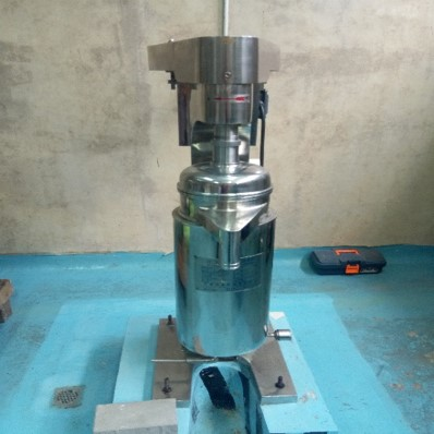 Continous Decanter Centrifuge  (Ged. Workshop)